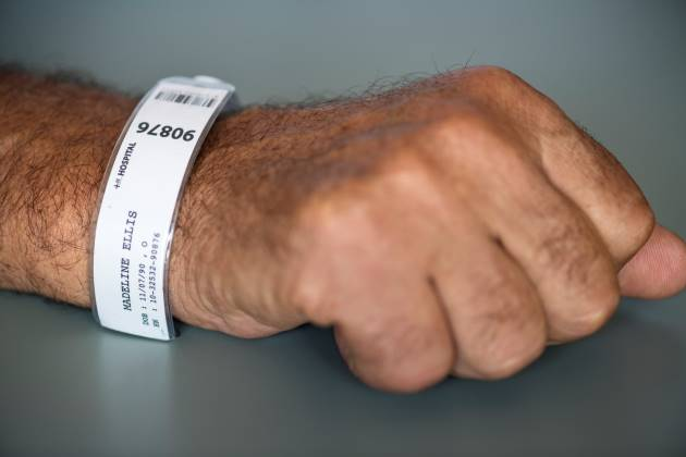 צמידים לזיהוי רפואי